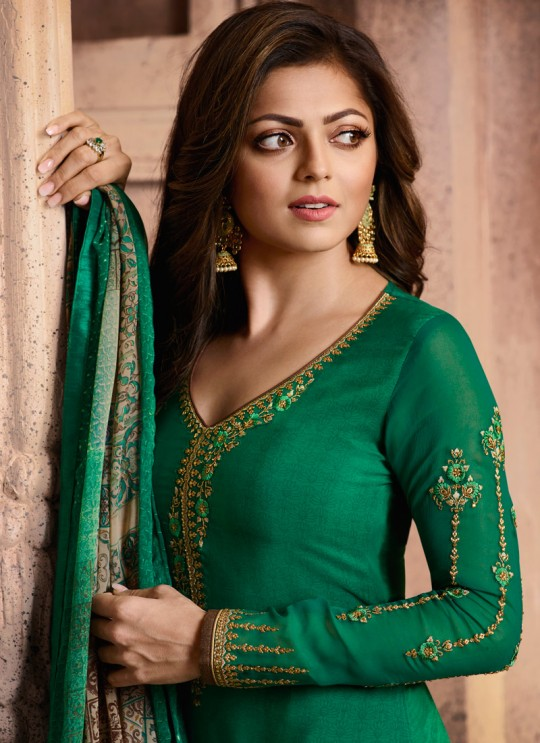 Drashti Dhami Green Embroidered Festival Wear Straight Suits Nitya Vol 129 2909 Set By LT Fabrics SC/013165
