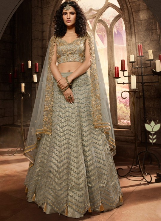 Bridal Net A-Line Lehenga In Grey Color Vivaana Vol 2- 21001 By Maisha SC/016842