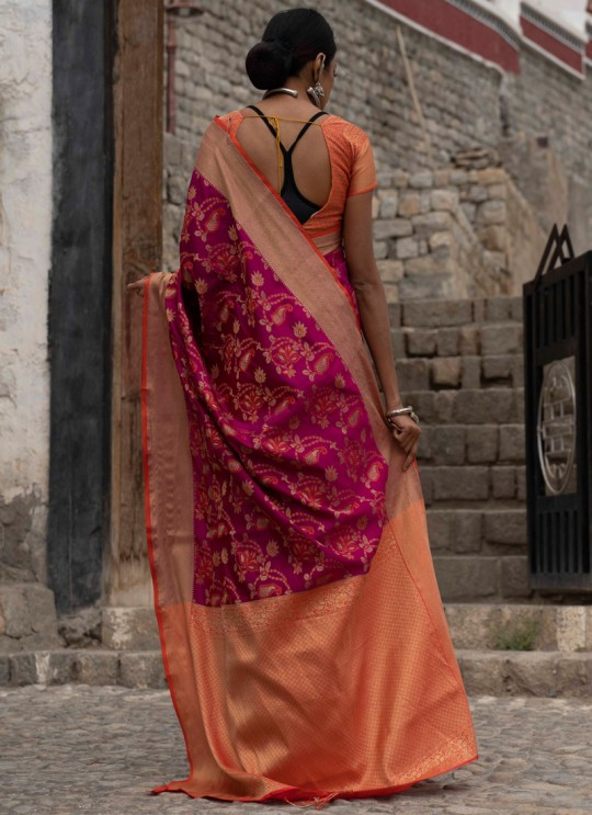 Magenta Handloom Silk Casual Saree Kalash 92008 By Rajtex